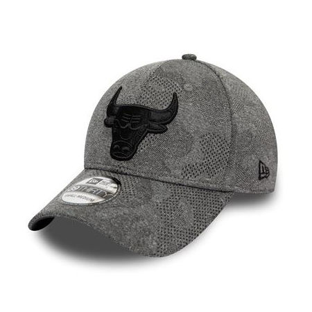 New Era 39THIRTY ENGINEERED PLUS CHICAGO BULLS