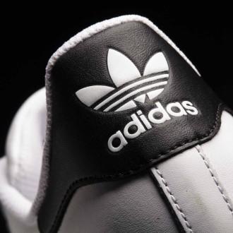 Uniszex szabadidőcipő