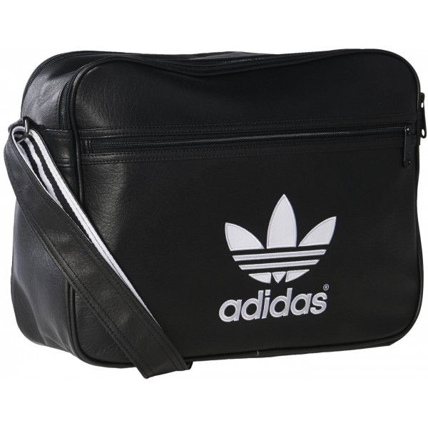 Divatos táska