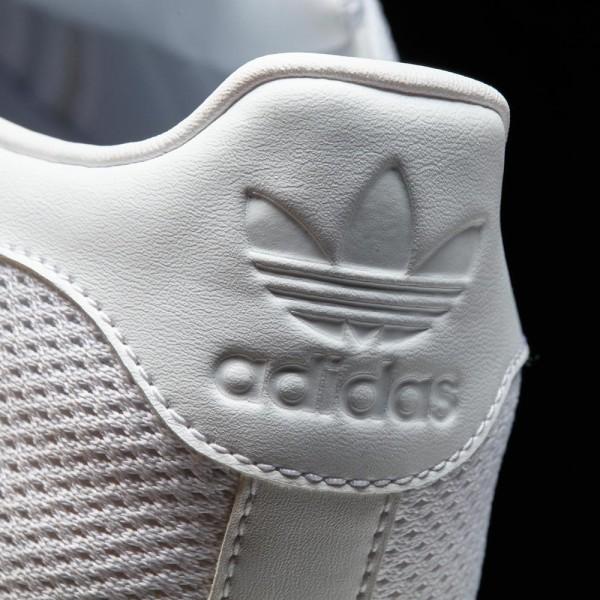 Férfi stílusos cipő