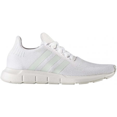 adidas SWIFT RUN W